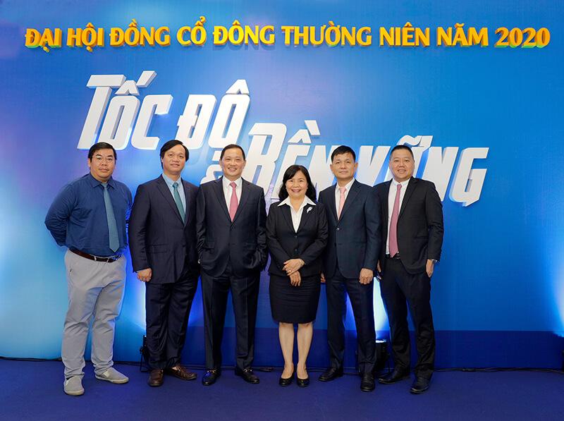 Các thành viên trong HĐQT Tập đoàn Phát Đạt tại Đại hội cổ đông 2020