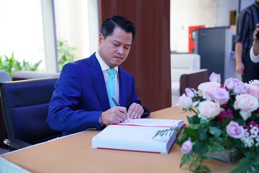 Ngô Chí Dũng từng là Chủ tịch Hội người Việt ở Nga trước khi về định cư tại Việt Nam