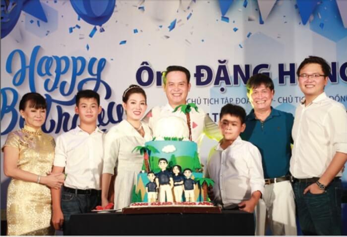 Gia đình ông Đặng Hồng Anh - Phó chủ tịch TTC Group