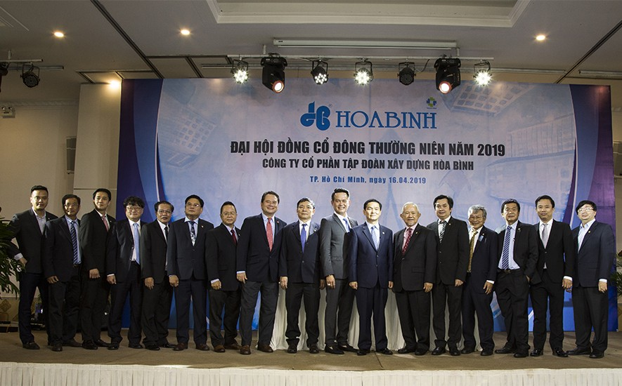 Đặng Hồng Anh được bầu làm Thành viên độc lập HĐQT Tập đoàn xây dựng Hòa Bình